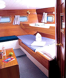 Comfortable accommodations aboard the Beagle, Galapagos cruise and tour