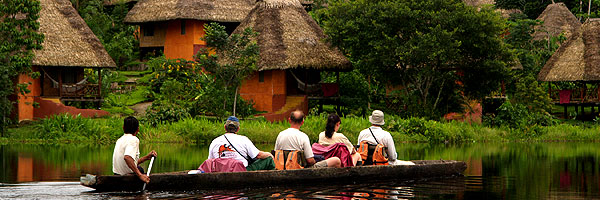 Paddling along the lake, Upper Amazon tours and lodges